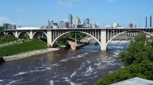Cedar_Avenue_Bridge_Minneapolis-300x168